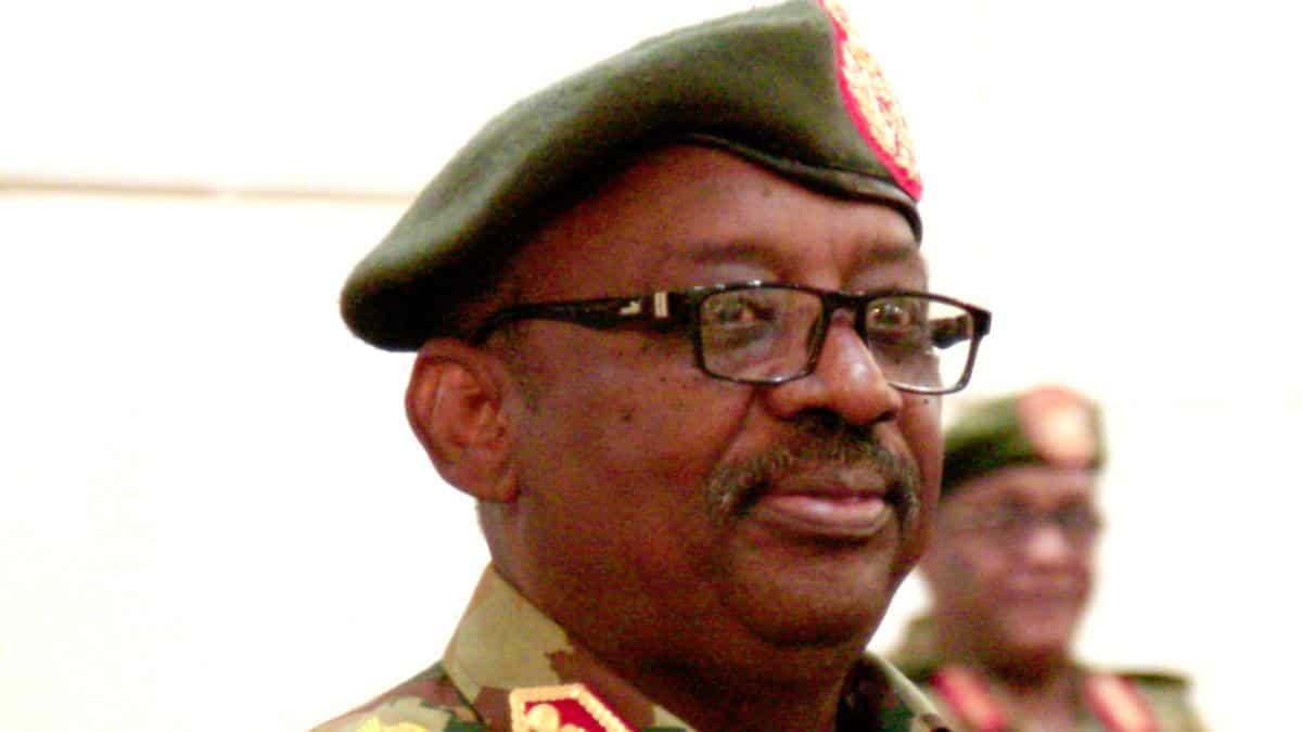 Sudan's Defense Minister Dies of Heart Attack
