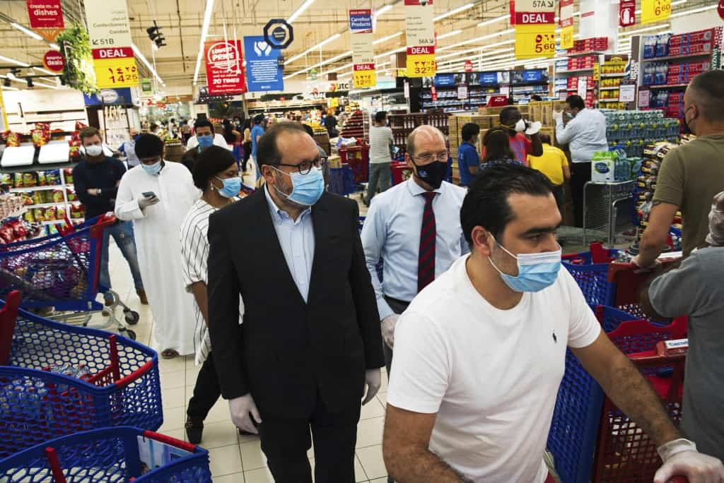 Dubai Supermarket Chain Protects its Workers: 'No Pay Cuts, No Layoffs'