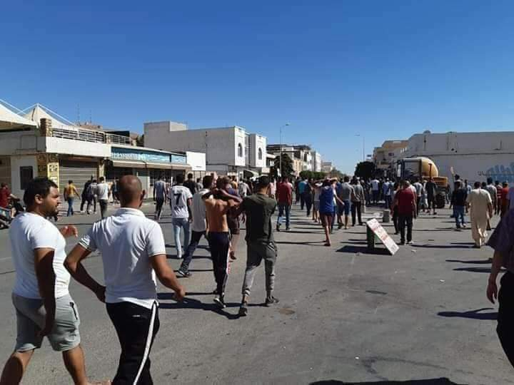 Brutal Tunisian Police Response Fuels 2nd Day of Protests in Tataouine